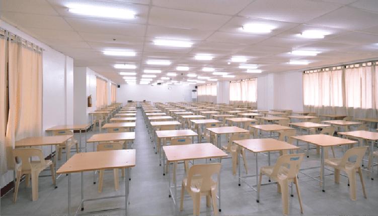 満席になることも多いTOEIC公式試験会場(SMEAG CAPITAL - エスエムイーエージー キャピタル)